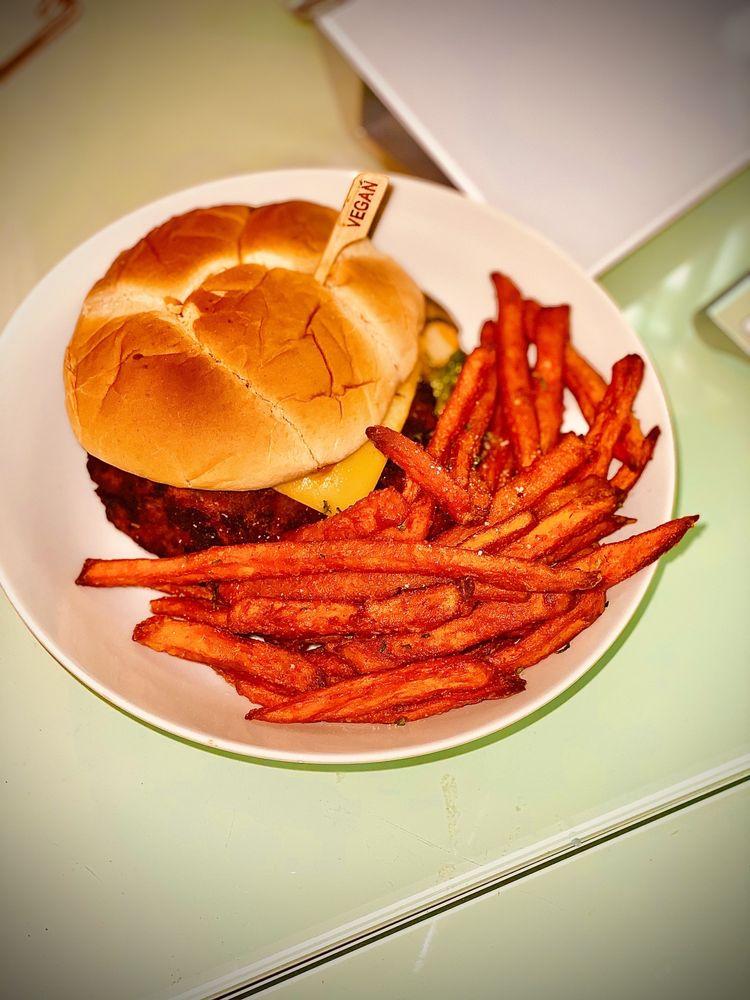 Wisdom's Vegan Bakery & Cafe: 25192 I-45, Spring, TX