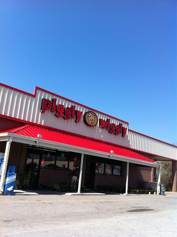 Piggly Wiggly #26: 234 US Highway 158, Littleton, NC