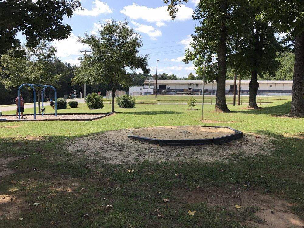 Tuckaseegee Park