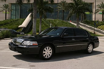 American Sedan and Limousine: 3668 Lake Saint George Dr, Palm Harbor, FL