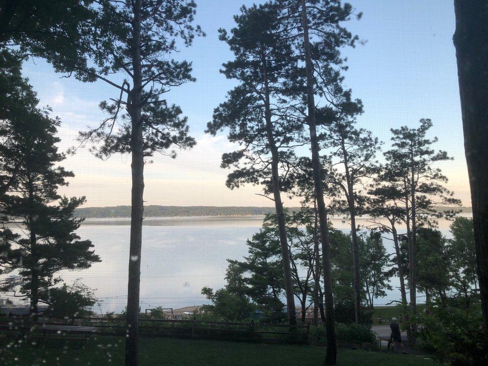 Chimney Corners Resort: 1602 Crystal Dr, Frankfort, MI