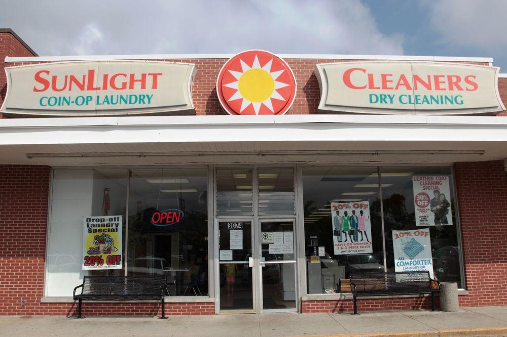 Sunlight Cleaners & Laundromat: 3074 Southwest Blvd, Grove City, OH