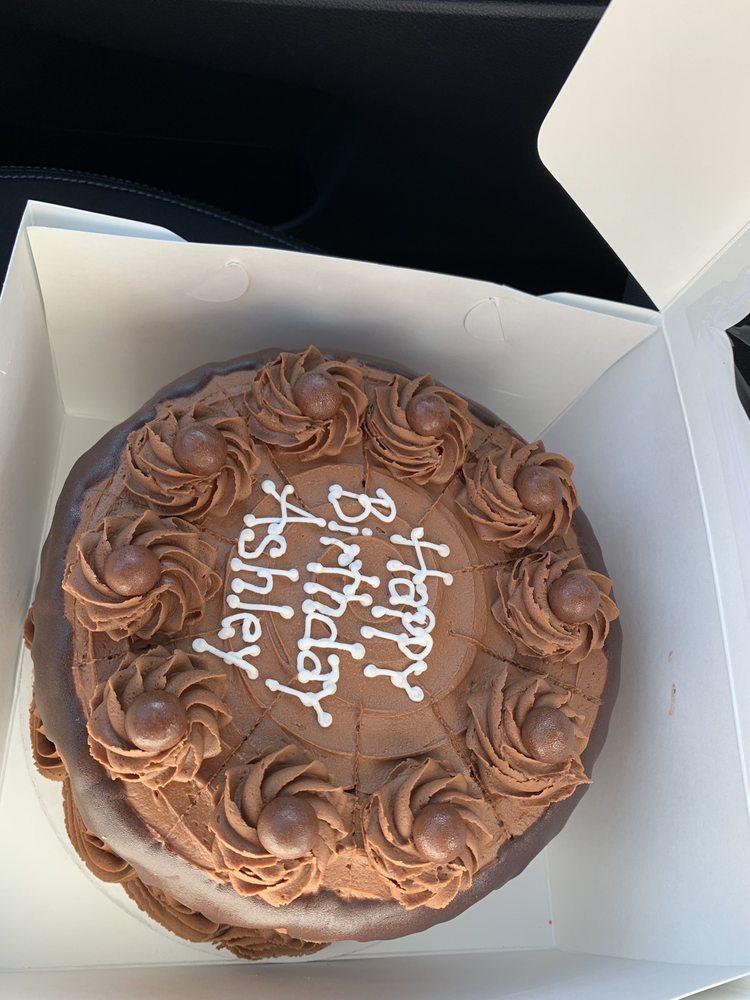 Dreamcakes Cafe: 3601 Market St, Hoover, AL