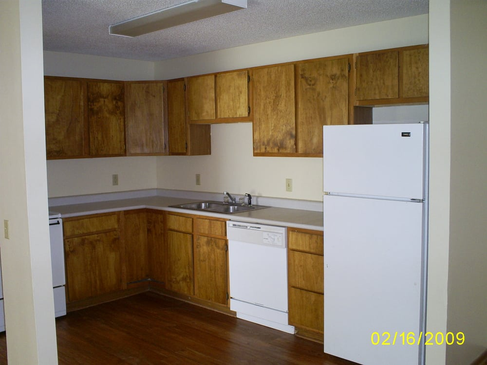 Valley View Apartments: 303 S Iowa St, Shenandoah, IA