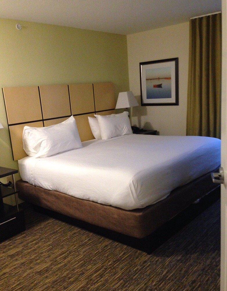 Candlewood Suites Belle Vernon: 715 Rostraver Rd, Belle Vernon, PA