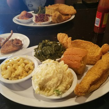 Chicagos Home of Chicken Waffles II Order Food Online 240