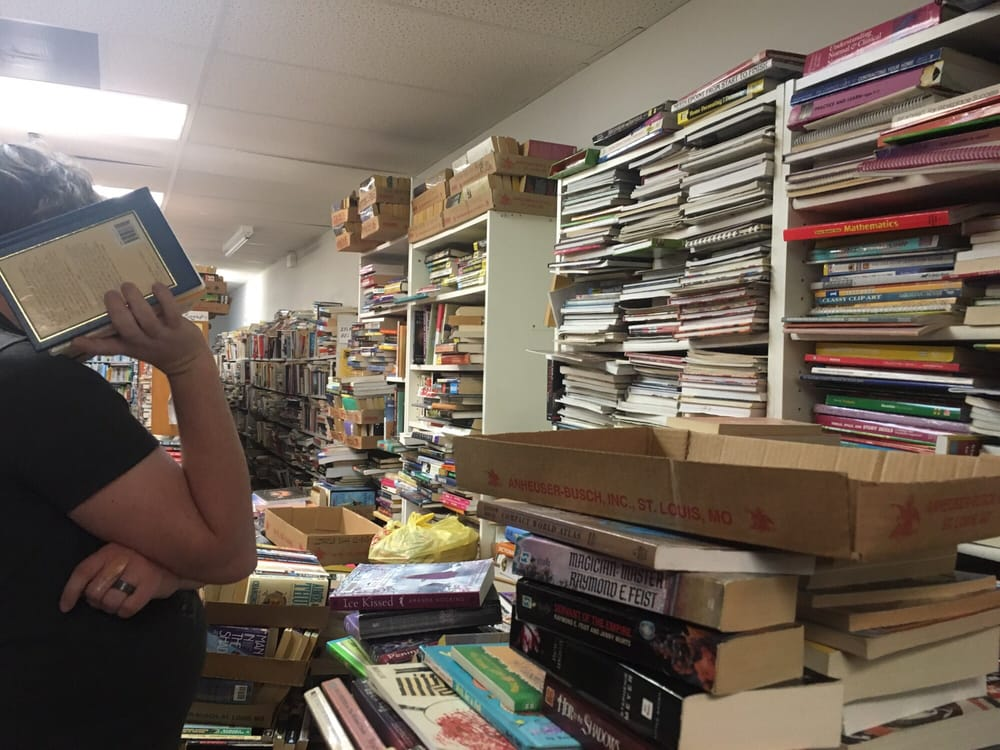 Pam's Books: 2000 Richardson Rd, Arnold, MO
