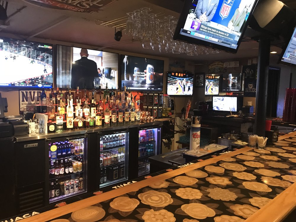 The Sportsbook Bar & Grill Wash Park