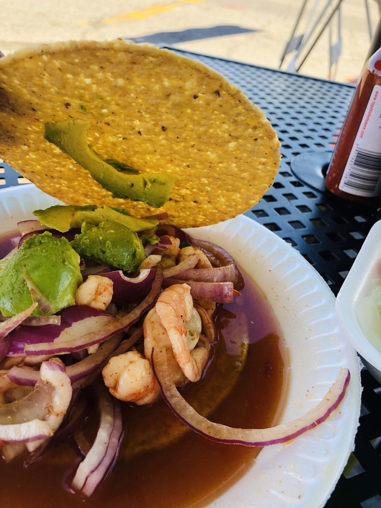 Tacos Ensenada: 3900 Firestone Blvd, South Gate, CA
