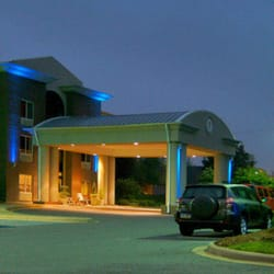 Photo Of Holiday Inn Express Suites Brevard Nc United States
