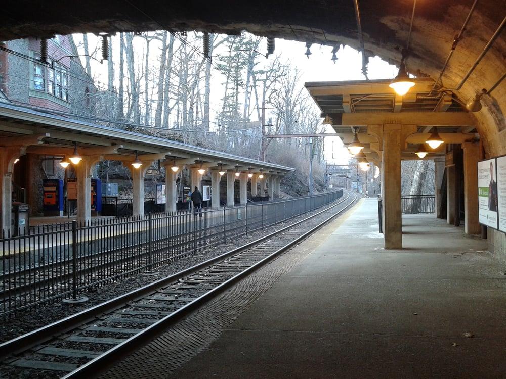 Glen Ridge Train Station: 228 Ridgewood Ave, Glen Ridge, NJ