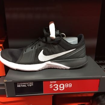 nike shoes outlet store near me now 859969