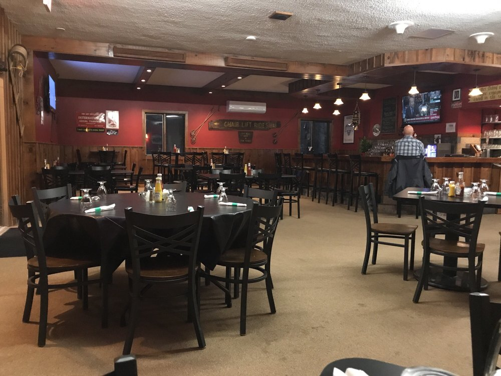 Beatie's Bar and Grill: 1 Caberfae Ln, Cadillac, MI