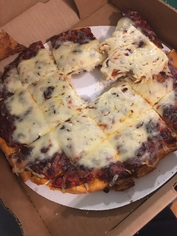 Mike's Pizza: 15 Wright St, Ashville, OH