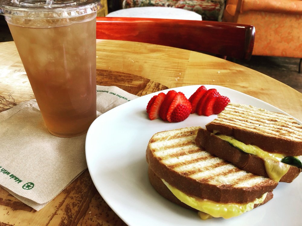 Red Cup Cafe & Deli: 115 Broadway, Chesterton, IN