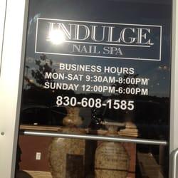 Indulge Nail Spa logo