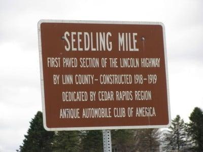 Lincoln Highway Iowa Seedling Mile: Mount Vernon Rd, Cedar Rapids, IA