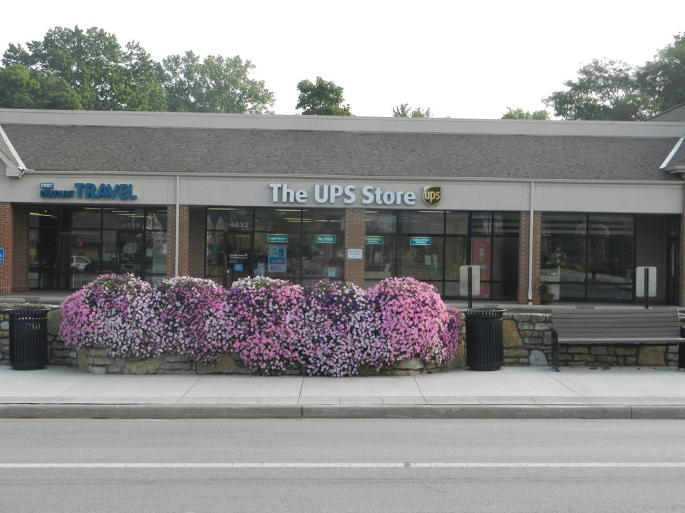 The UPS Store: 4832 Cooper Rd, Blue Ash, OH