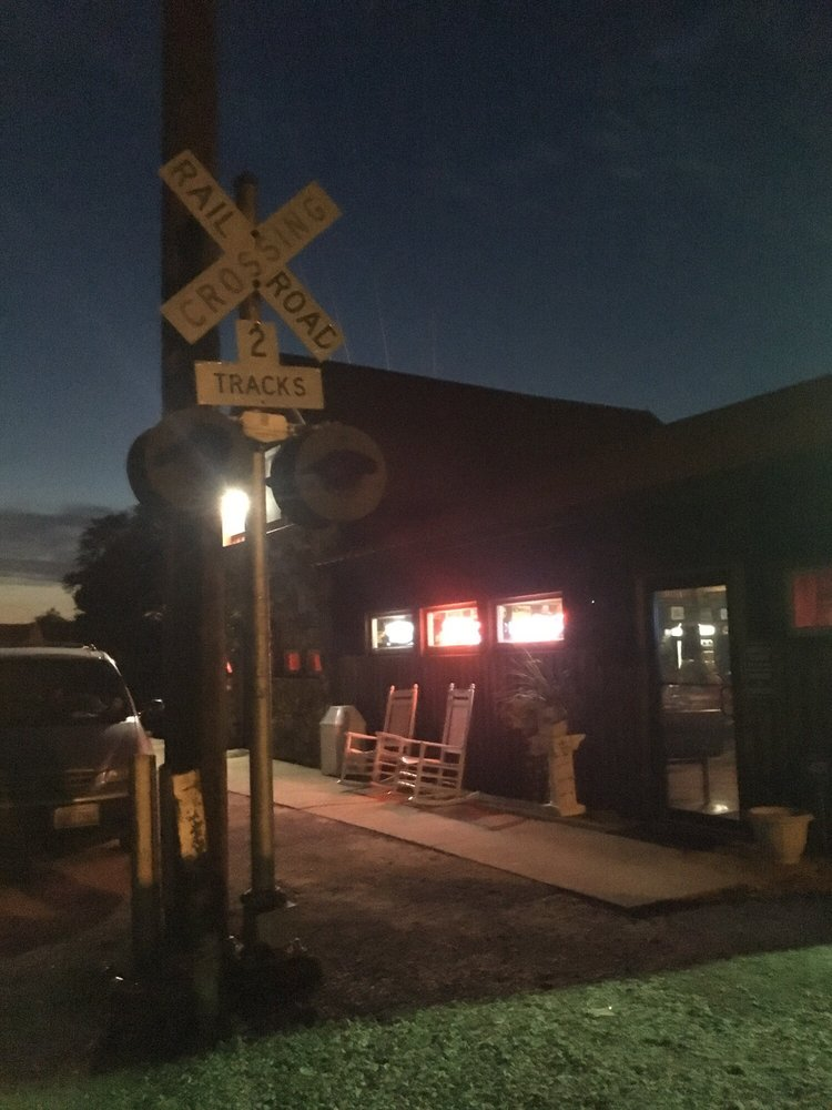 Depot Tavern: 322 E Jefferson St, Orleans, IN