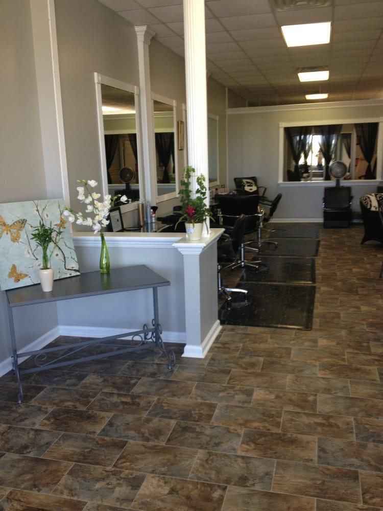Posh Salon: 1350 Gum Branch Rd, Jacksonville, NC