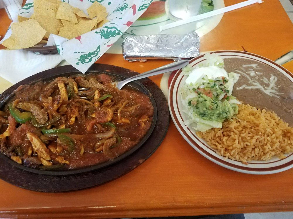 La Noria Mexican Grill: 3516 N O St, Fort Smith, AR