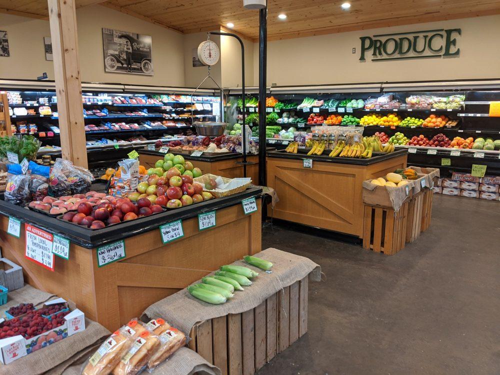 Pioneer Market: 416 E Morris, La Conner, WA