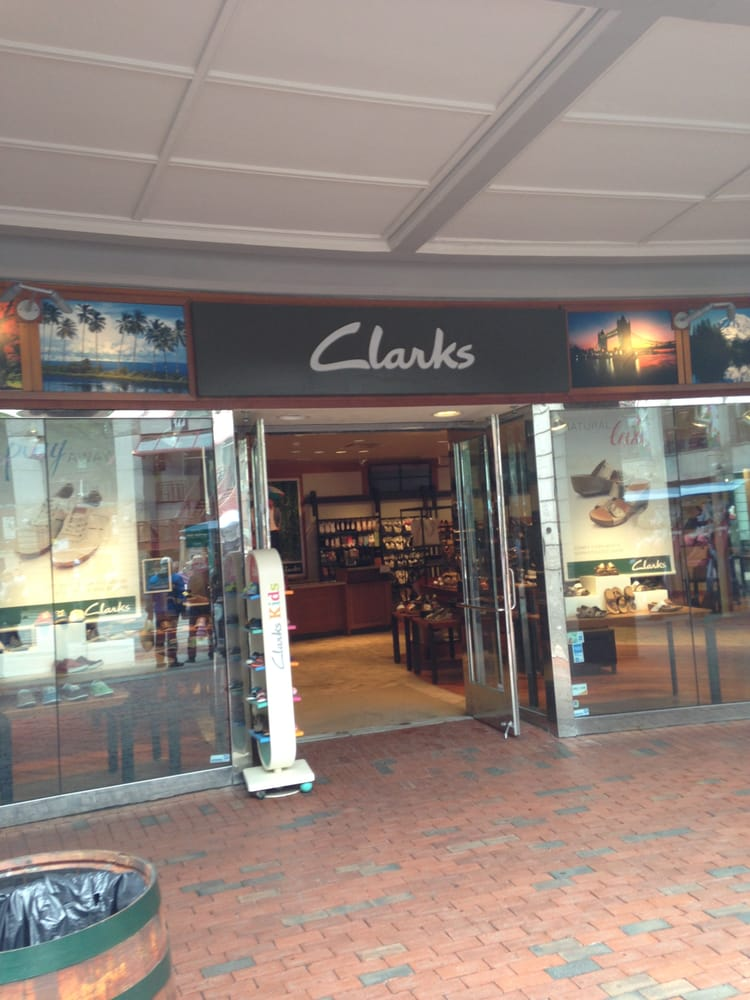 pretty nice 3ad43 f445d Clarks - 10 Photos & 26 Reviews - Shoe Stores - 200 State St ...