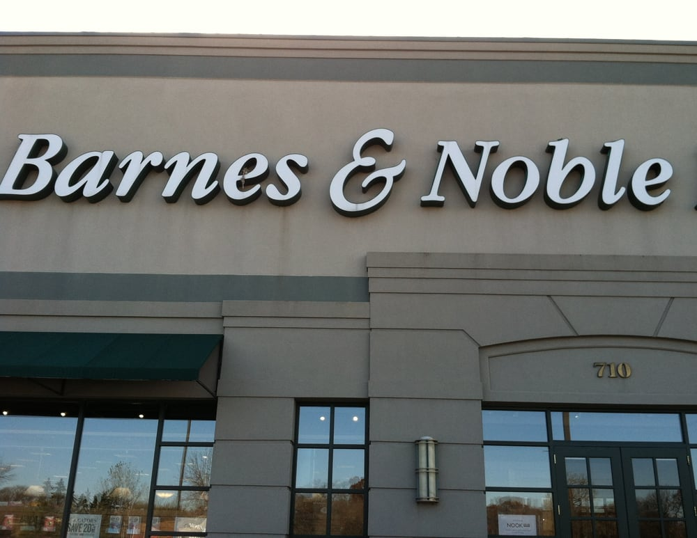· Barnes & Noble has reduced its orders of Simon & Schuster titles, authors and agents say, because of a dispute between the two over the price of books and display space in retail stores.