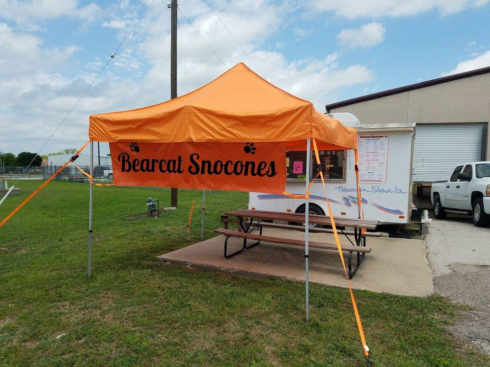 Bearcat Snocones: 10303 E Bankhead Hwy, Aledo, TX
