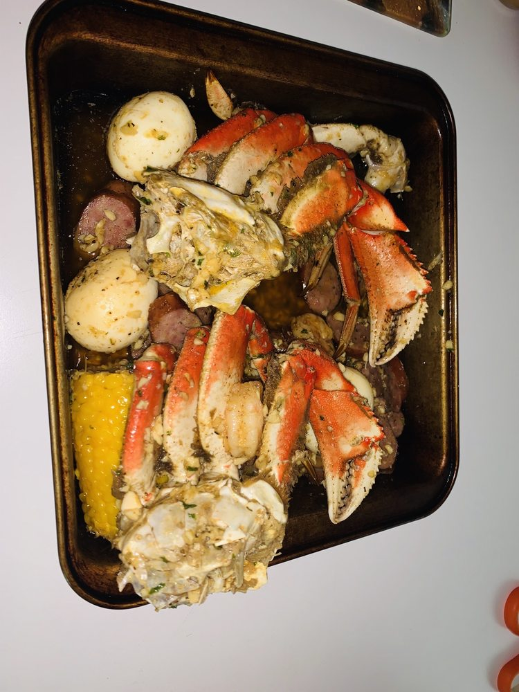 Food from The Jazzy Crab