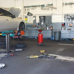 A And M Auto >> A M Auto Repair Service 63 Reviews Auto Repair 1111 Cole