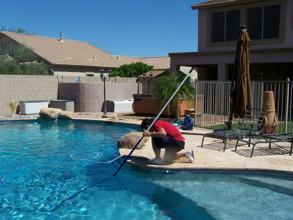 Premier pool care rensning af swimmingpool 11228 e for Pool fill in mesa az