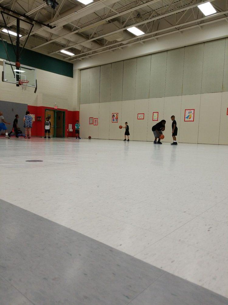 Carrollton Elementary School: 14440 New Town Haven Ln, Carrollton, VA