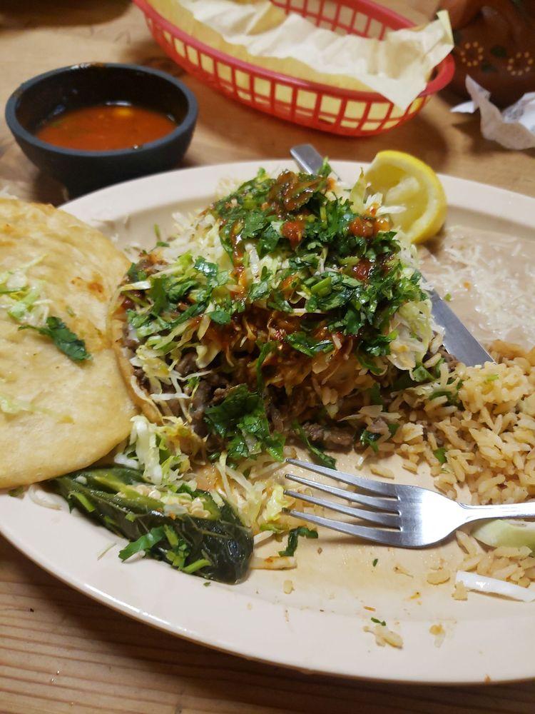 Taqueria El Tapatio No 2: 1555 N Farmersville Blvd, Farmersville, CA