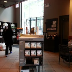 Starbucks 28 photos 52 reviews coffee tea 131 s for Table 52 chicago reviews