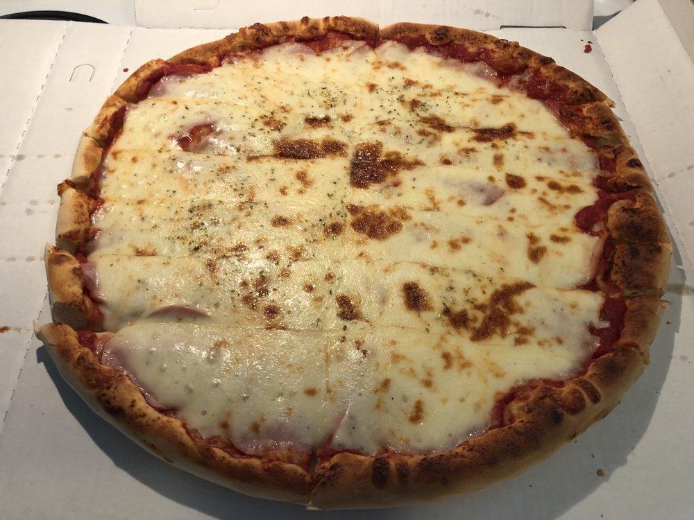 Brads pizza: 107 N Main St, Donahue, IA
