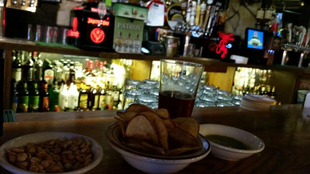 Maggie's Pub: 11900 Telegraph Rd, Santa Fe Springs, CA