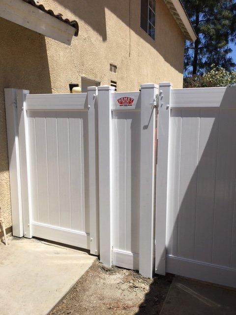 Hemet Fence: 25959 Juniper Flats Rd, Homeland, CA