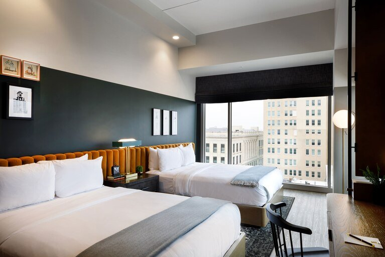 Cyrus Hotel, Topeka, a Tribute Portfolio Hotel: 920 South Kansas Avenue, Topeka, KS
