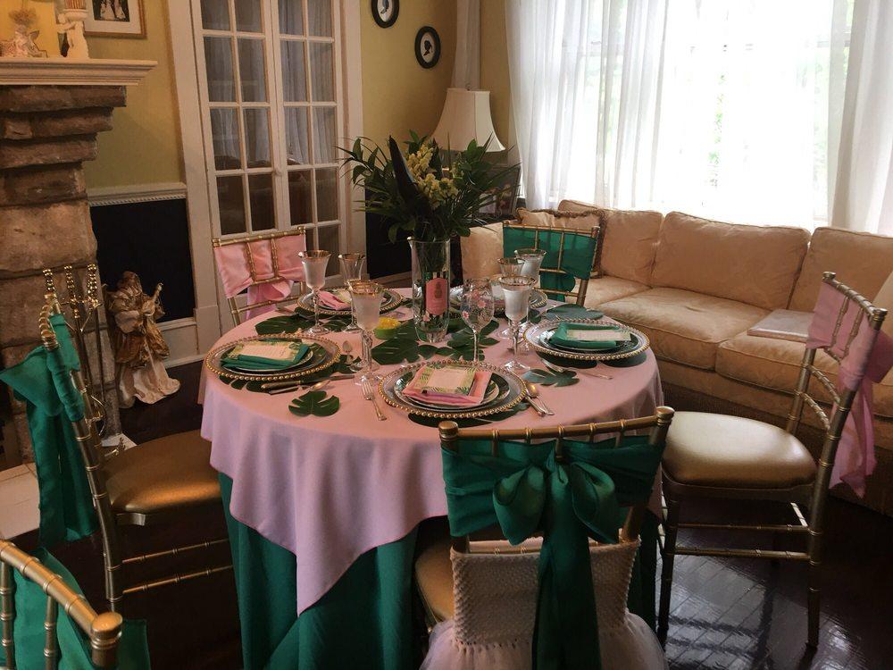 April Robin Florist & Gift: 620 Station Ave, Haddon Heights, NJ