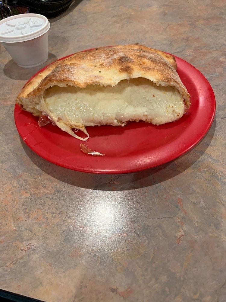 Pizza Supreme: 2 North Main St, Broadalbin, NY
