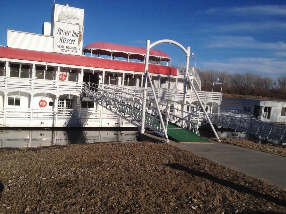 river inn resort: 72898 648 A Ave, Brownville, NE