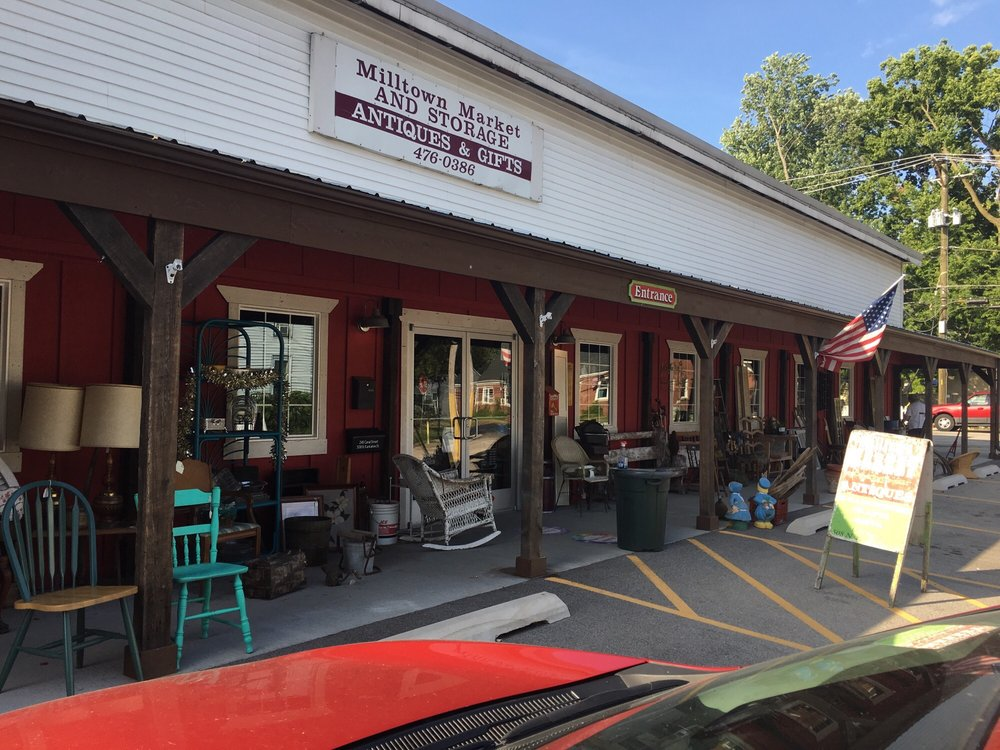 Milltown Market: 508 N Kankakee St, Wilmington, IL