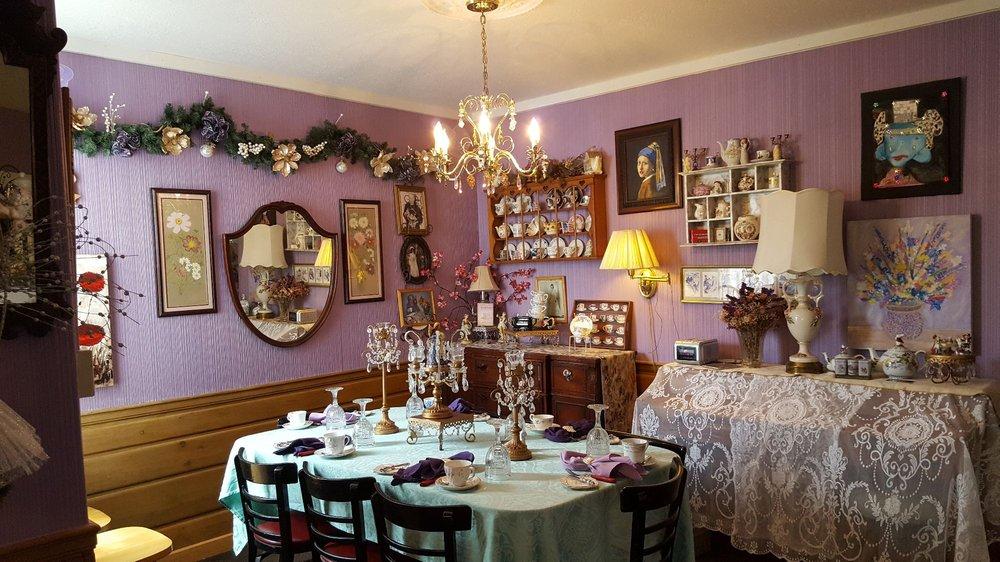 Emerald Necklace Inn & Tearoom