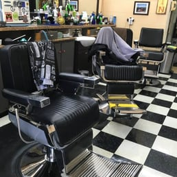 Holiday Barber Shop 46 s & 21 Reviews Barbers