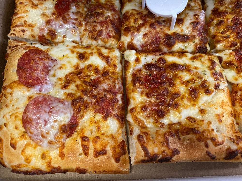 Pizza Joes: 606 3rd St, Beaver, PA