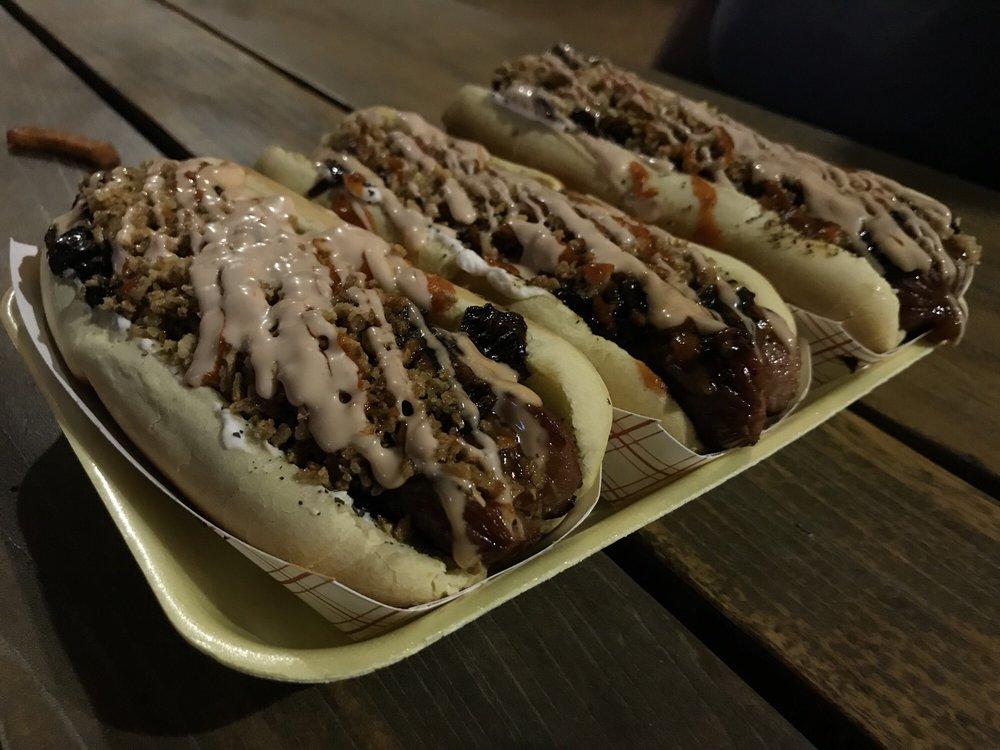 Yoyo's Hot Dog: 5555 Morningside Dr, Houston, TX