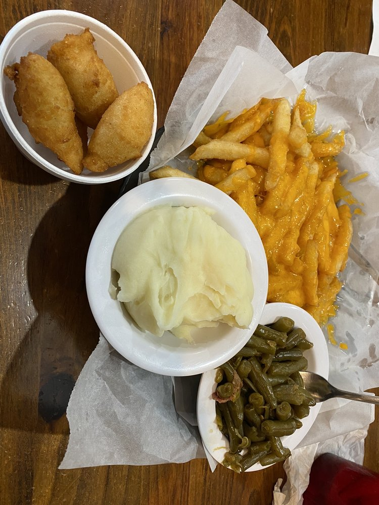 Good Times Tavern & Restaurant: 306 Scuppernong Dr, Columbia, NC
