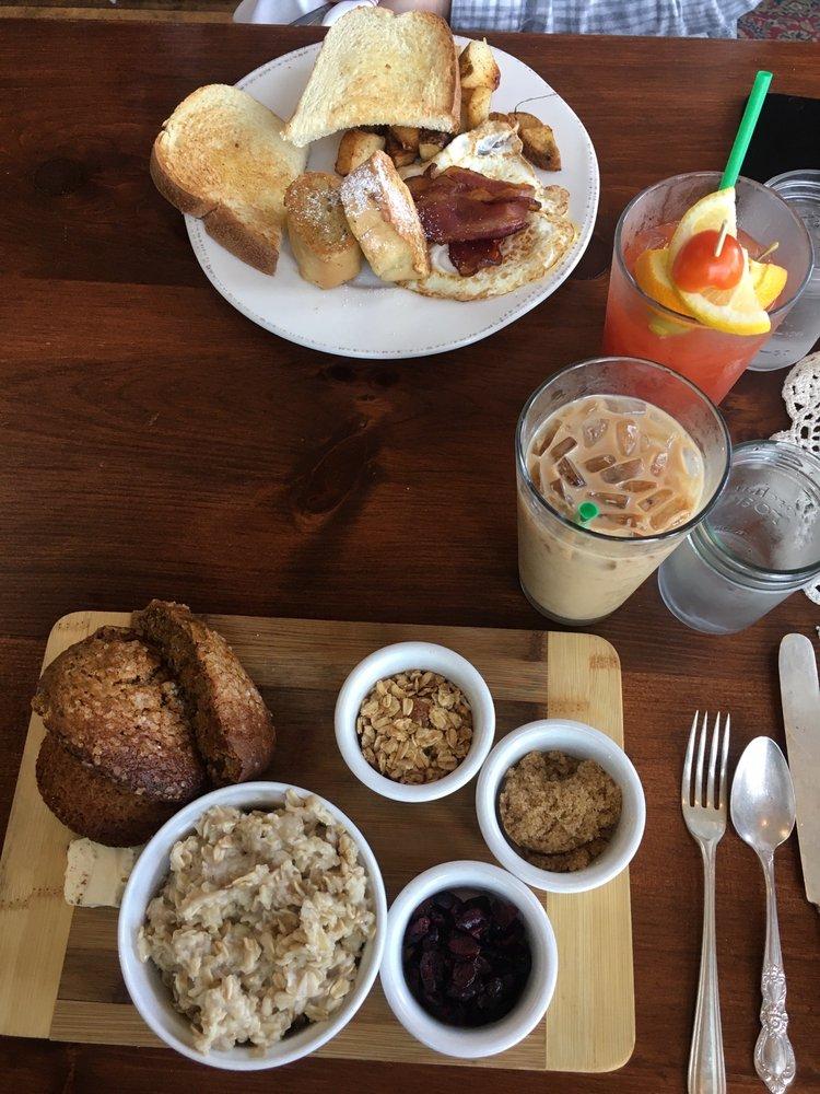 The Farmer's Table: 1 Greenside Way N, Plymouth, MA