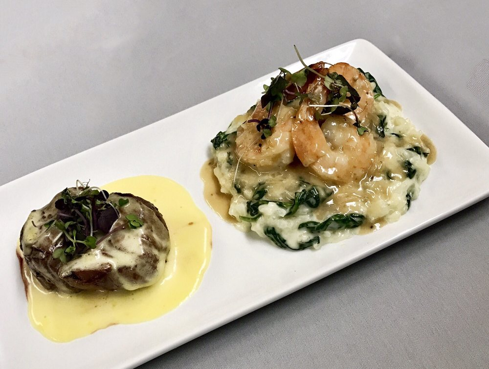Food from Leandros Restaurant & Tavern